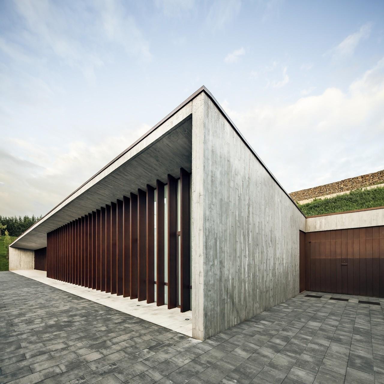 Archivo: Arquitectura para la Muerte, © Jordi Surroca