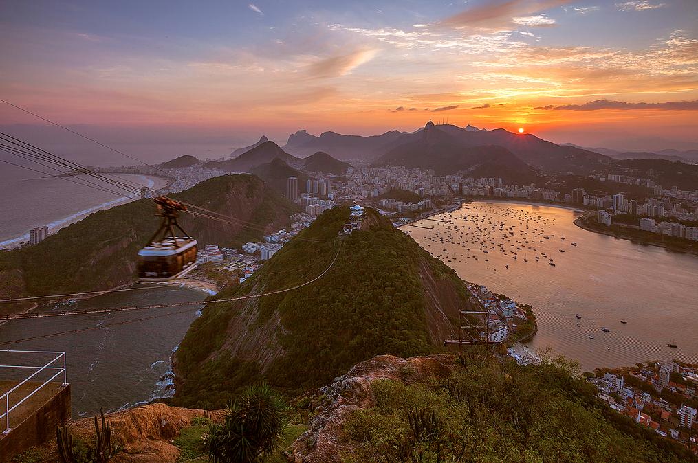 14 cidades competem para estar entre as 7 Novas Cidades Maravilhosas, Rio de Janeiro © Adhemar Dur, via Flickr. Used under <a href='https://creativecommons.org/licenses/by-sa/2.0/'>Creative Commons</a>