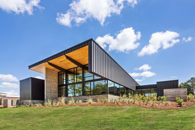 Hicks Orthodontics / BarberMcMurry architects, © Denise Retallack
