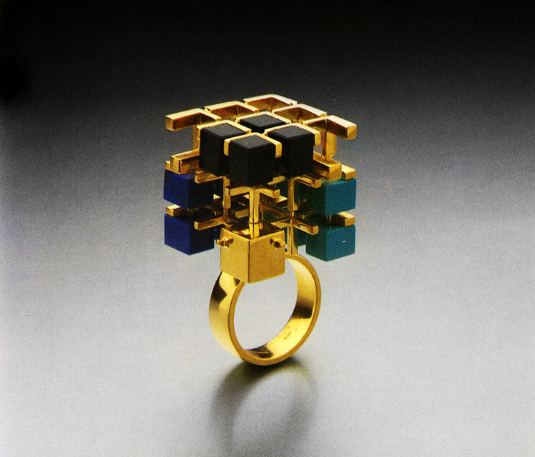 Have you Seen This Forgotten PoMo Jewelry by 1980s Architects?, Jewelry designed by Peter Eisenman. Image © Rizzoli New York Courtesy of Sight Unseen