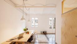 Reforma de um Apartamento em Eixample de Barcelona / Adrián Elizalde Architecture
