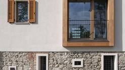 Refurbishment of an Old Barn  / Arcoquattro Architettura