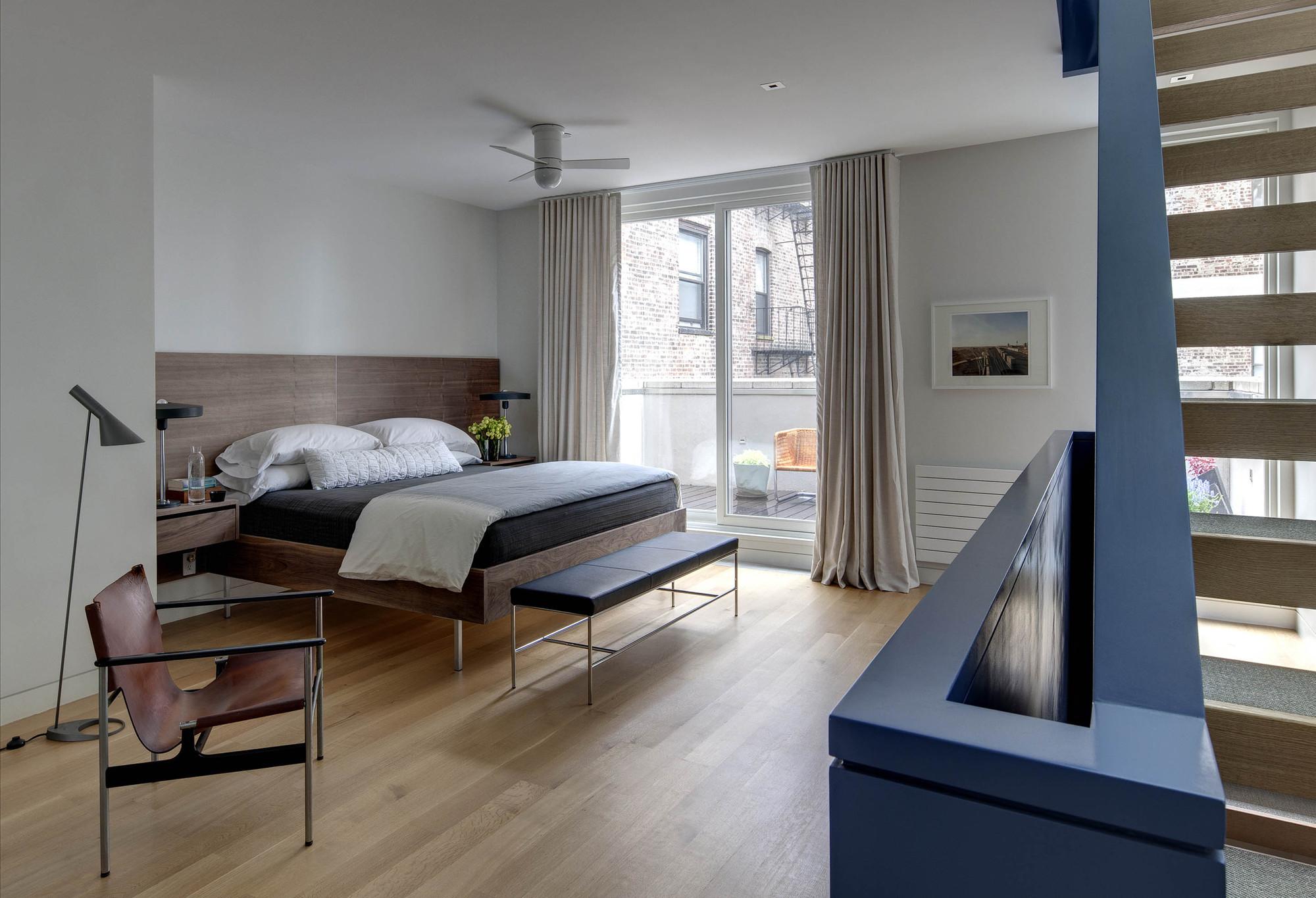 gallery of state street townhouse ben hansen architect 14. Black Bedroom Furniture Sets. Home Design Ideas