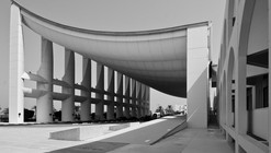 AD Classics: Kuwait National Assembly Building / J?rn Utzon