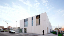 ZAC del Lilas Multi-Purpose Building / SCAPE