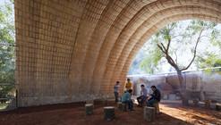 Catenarius: una bóveda experimental de ladrillos de suelo cemento armado