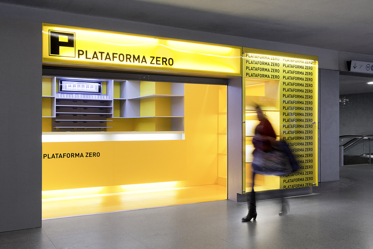 Quiosco Plataforma Zero /  A2OFFICE®, © AL.MA Photography | Alexandra Marques