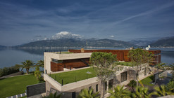 Touristic Villa 'S, M, L' / studio SYNTHESIS
