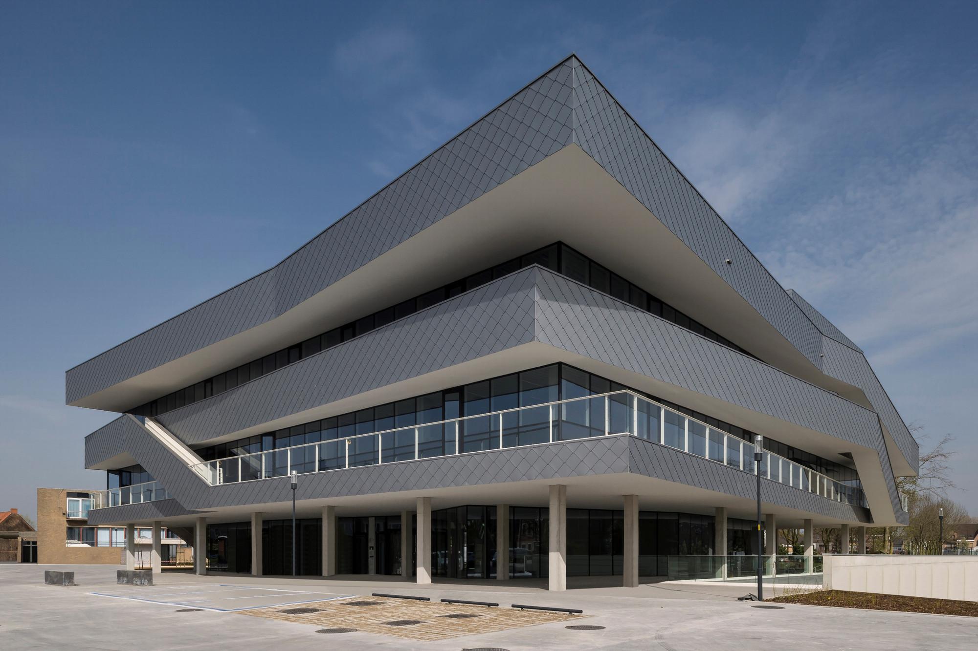 Stadskantoor Torhout / Gino Debruyne & Architecten, © Koen Van Damme