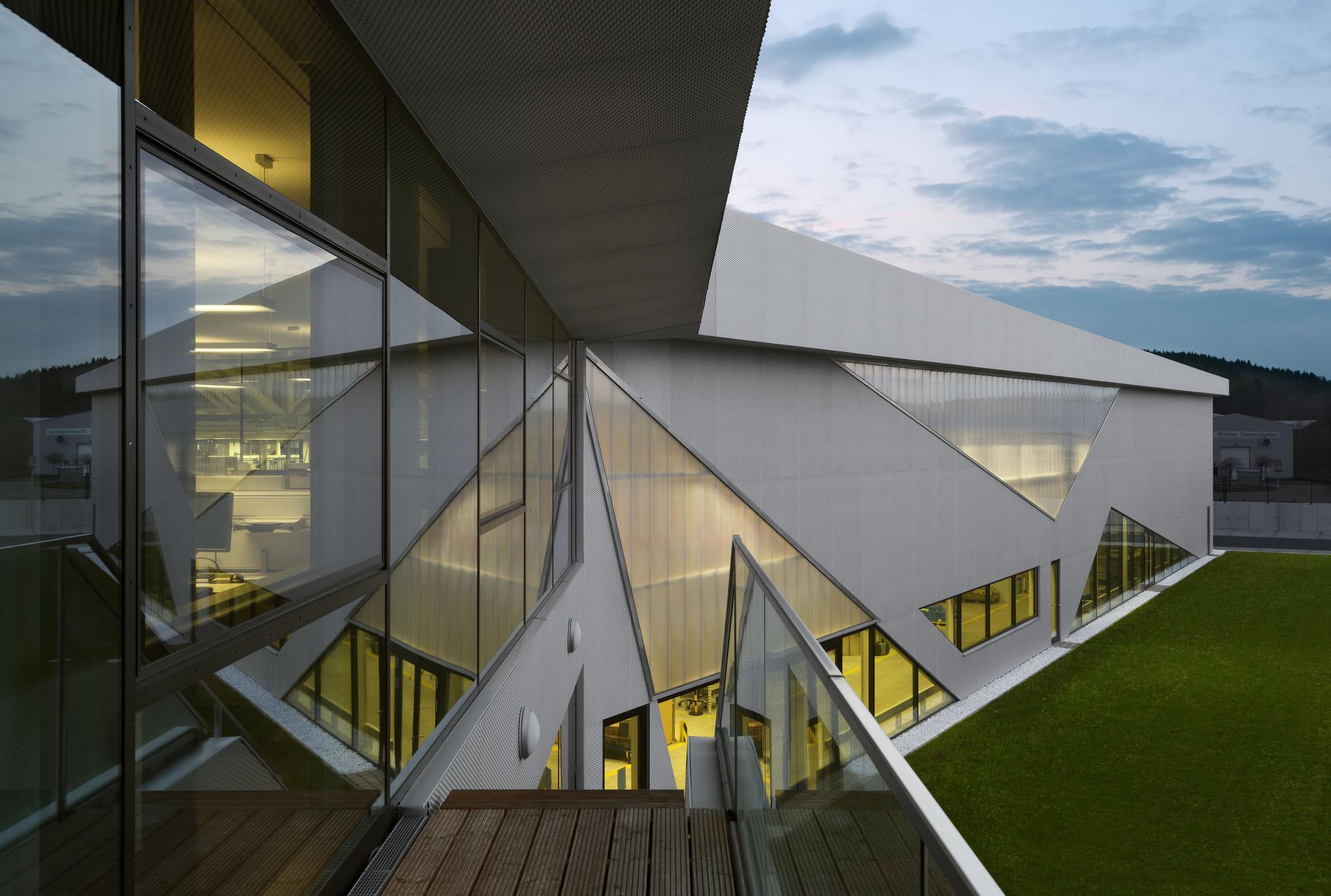 New building Drehmo Wenden / wurm + wurm, © Ester Havlova, Walter Fogel