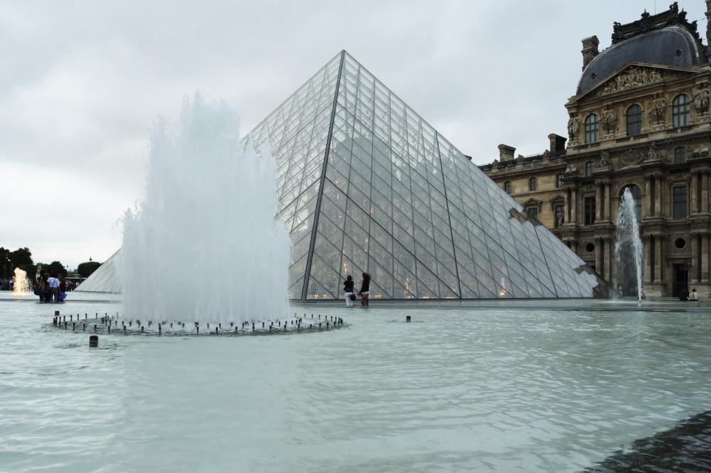 Museo del Louvre anuncia remodelación en icónica pirámide diseñada por I.M. Pei, © Rory Hyde [Flickr] (CC BY-NC-SA)