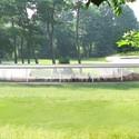 Vista exterior del estar y comedor. Imagen Cortesía de Grace Farms y SANAA