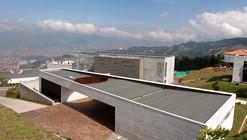 Casa UB / Alejandro Restrepo Montoya