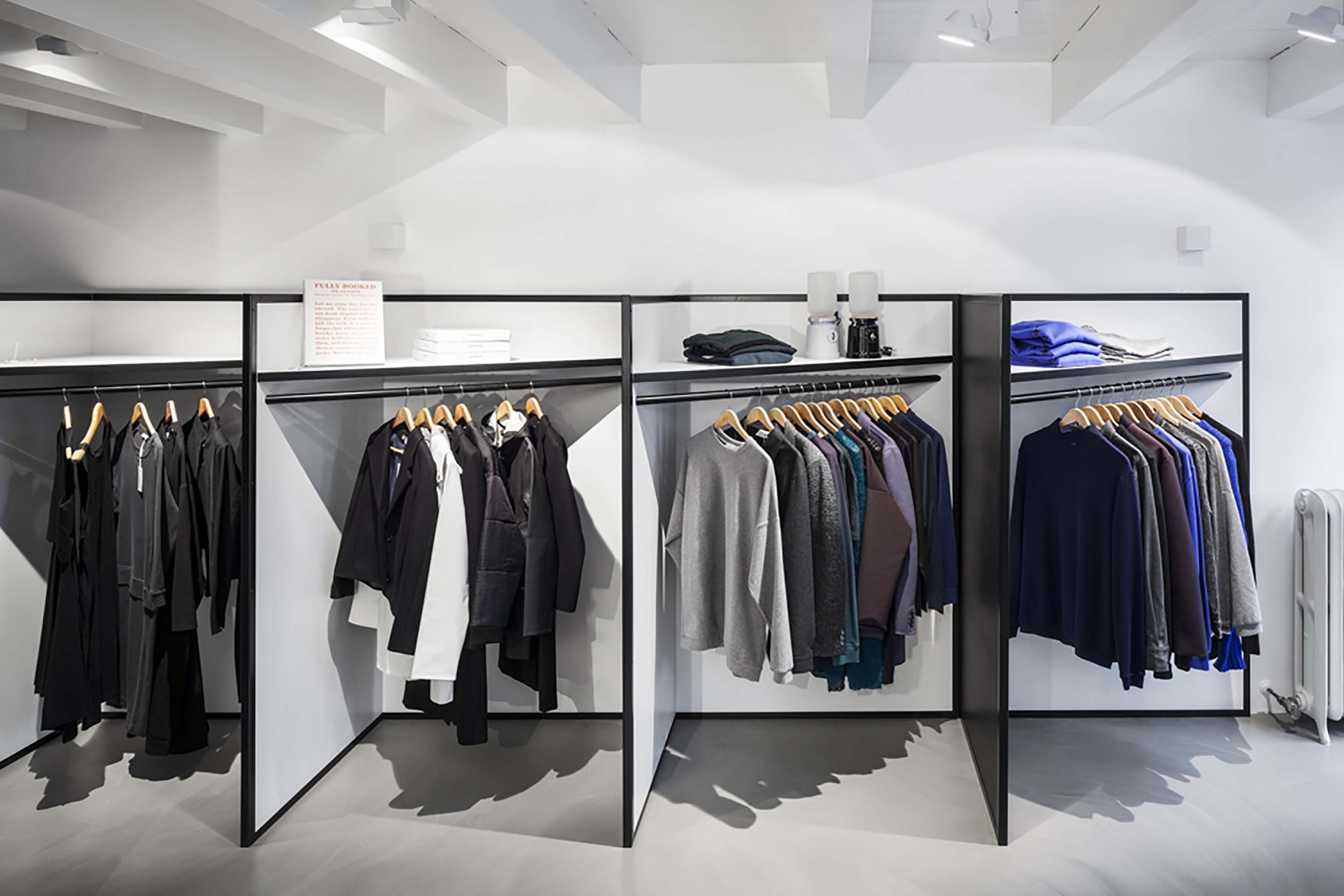 Shop 03 / i29 interior architects | ArchDaily
