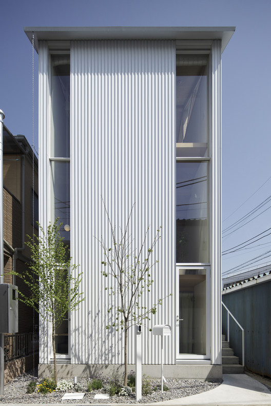 White Hut and Tilia Japonica / Takahashi Maki and Associates, © shigeta satoshi/nacasa&partners inc