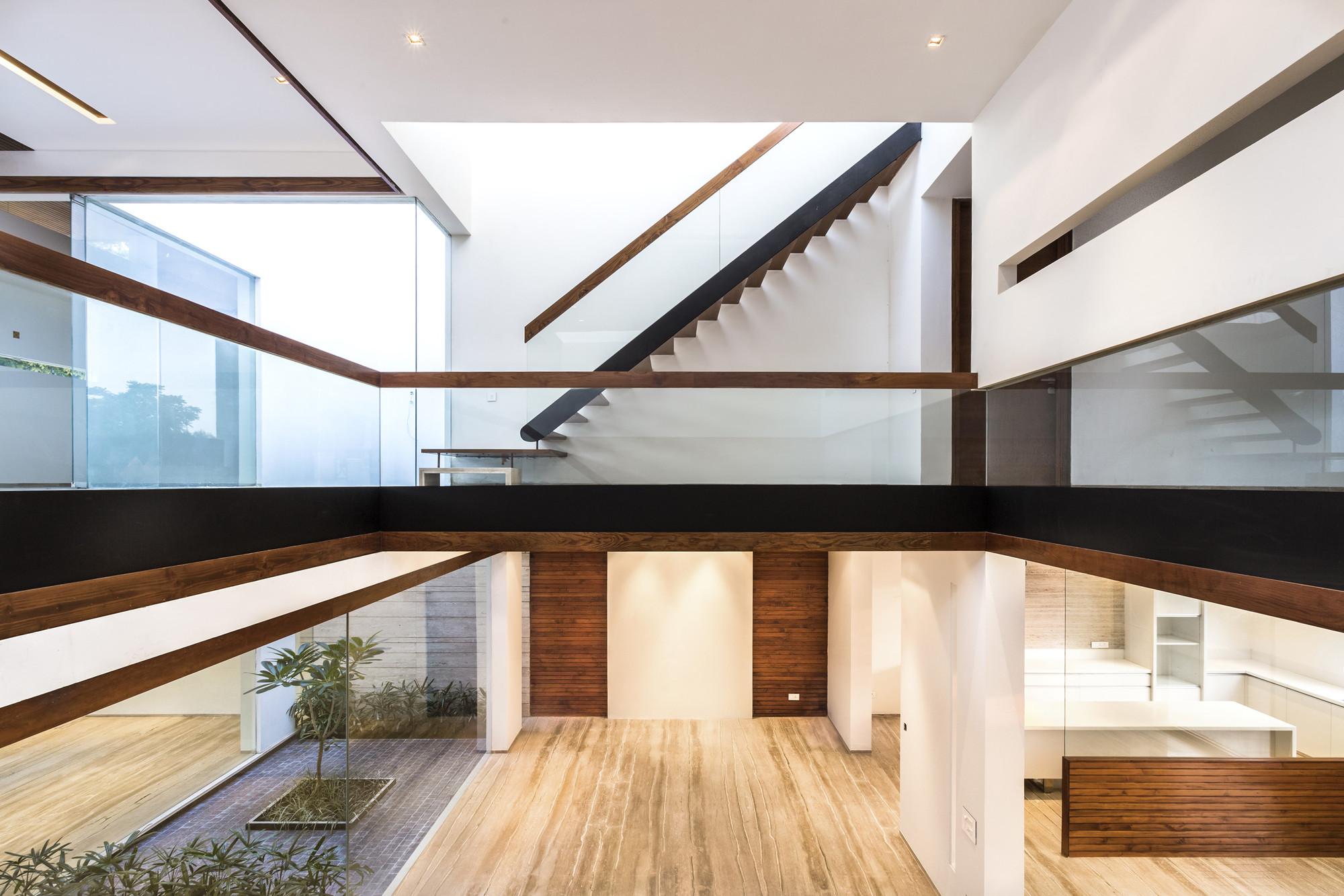 House in Mohali / Charged Voids | ArchDaily