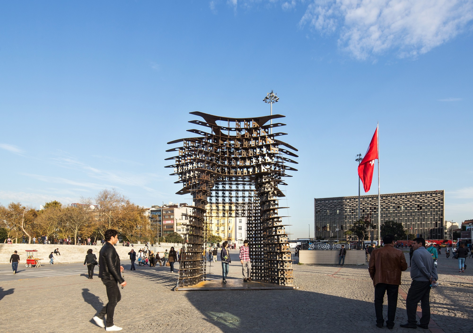 GAD's Serra Gate on Display for Istanbul Design Week, © Alp Eren