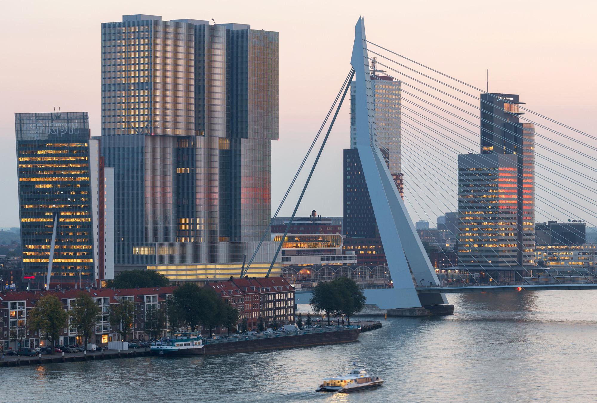 """Roterdã é eleita a Melhor Cidade da Europa pela """"Academy Of Urbanism"""", Renzo Piano Bulding Workshop / OMA / UNStudio / Siza / Mecanoo."""