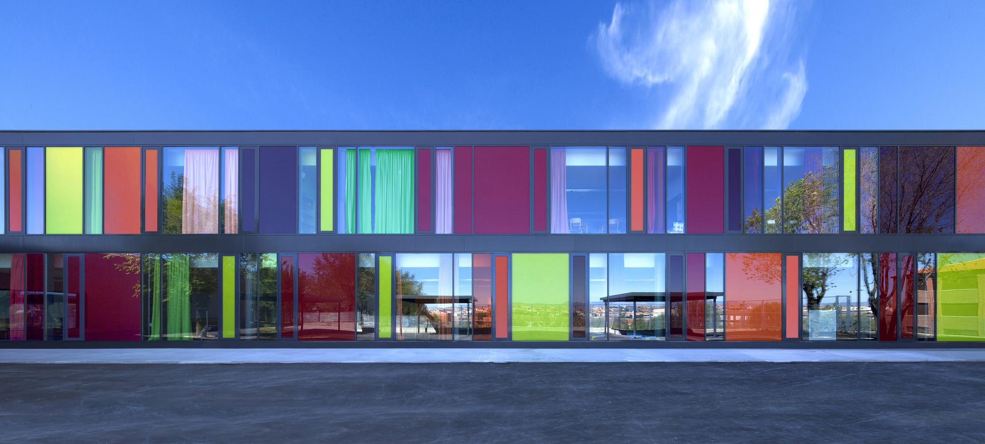 Archivo: Arquitectura Multicolor / Parte 2