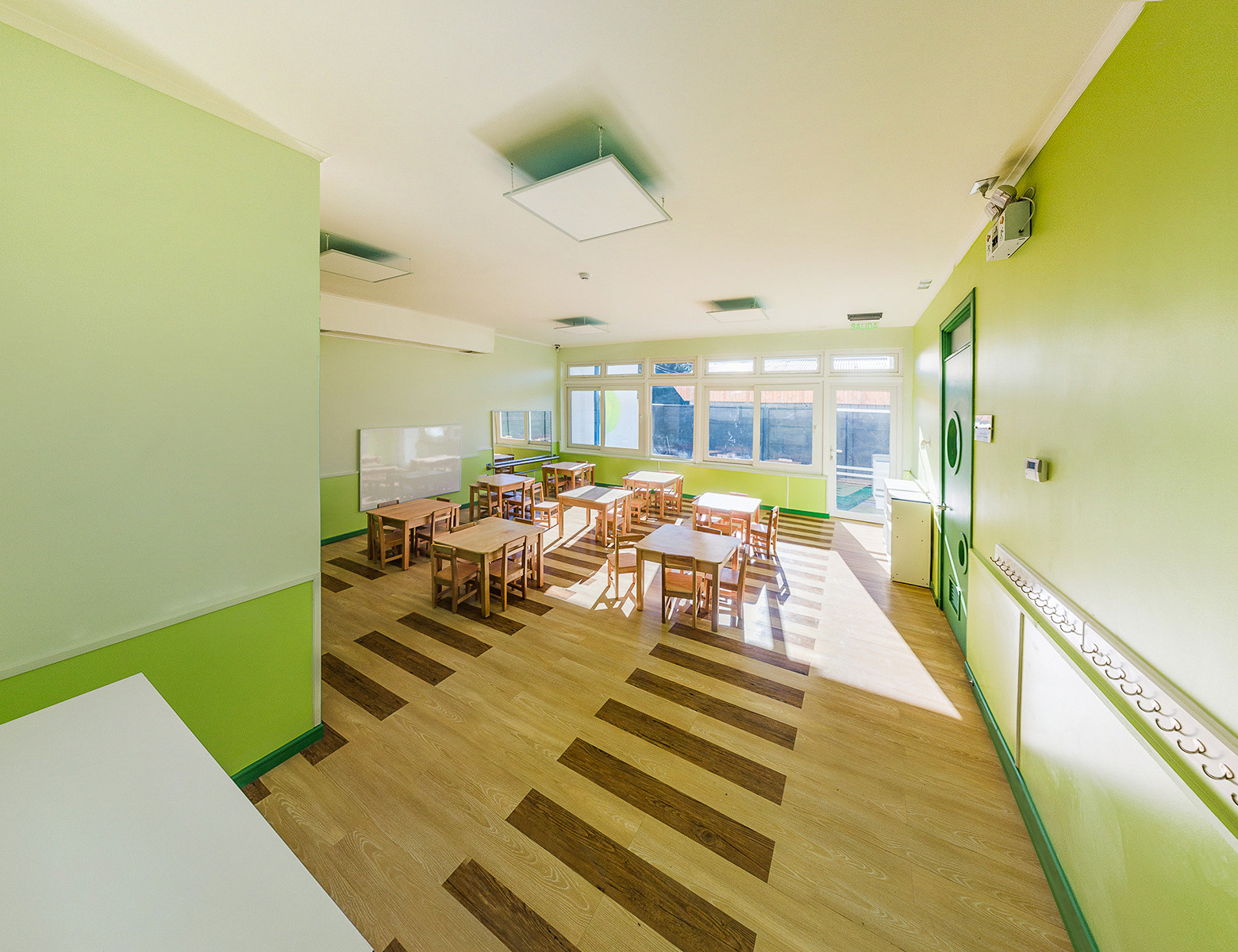 Arquitectura educacional p blica el desaf o de mejorar el for Edificios educativos arquitectura