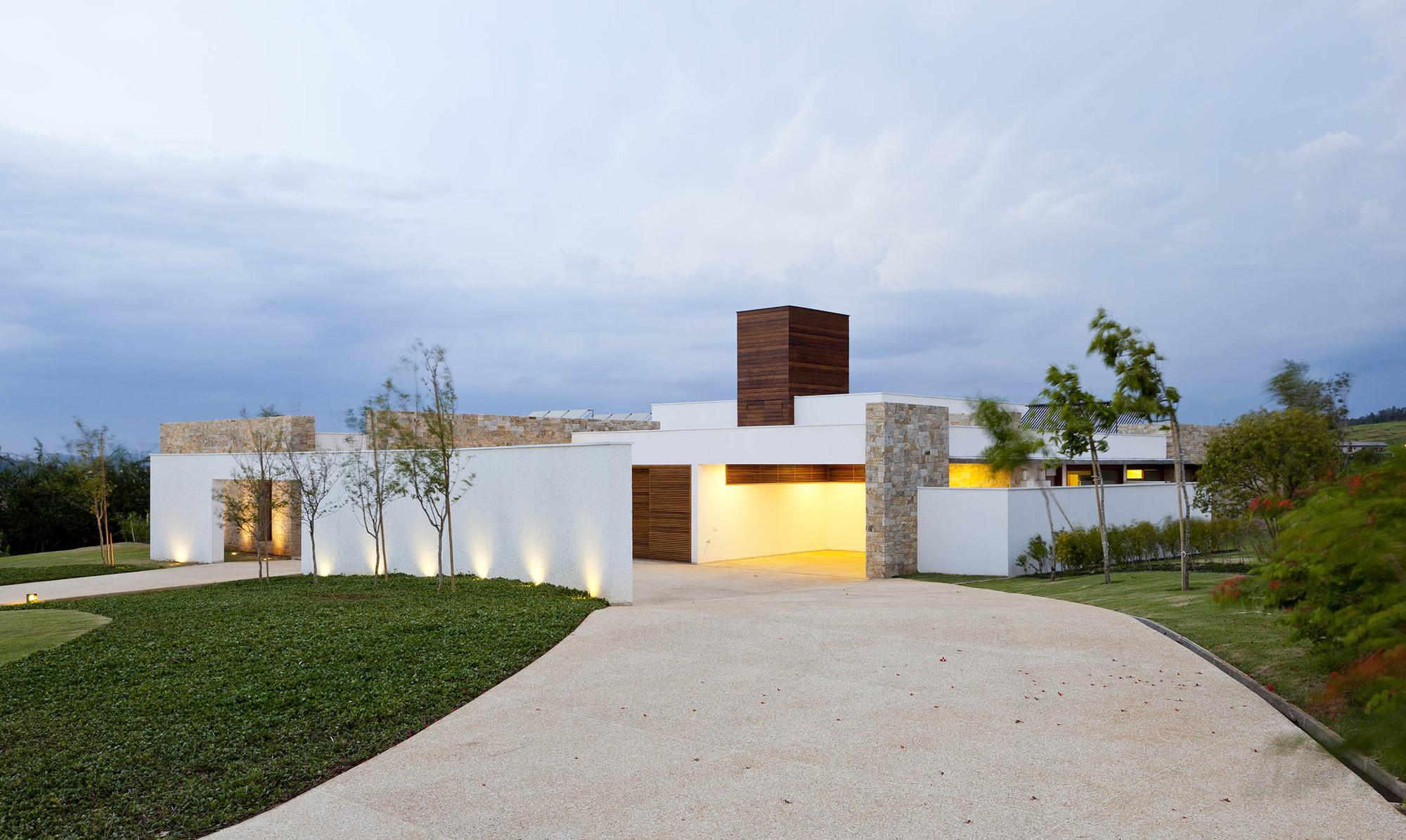 Residência da Grama / Vasco Lopes Arquitetura, © Maira Acayaba