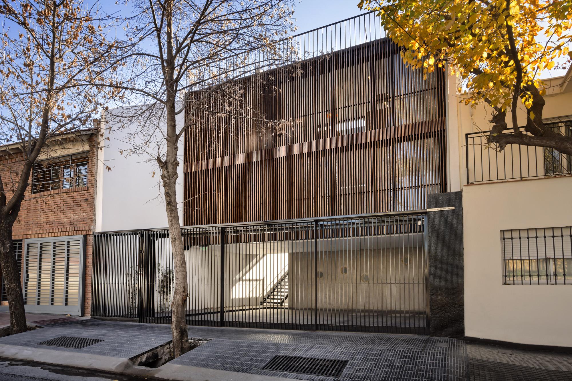 ESCALA83 Apartamentos / GRUPODEARQUITECTURA, © GARCÍA+BETANCOURT