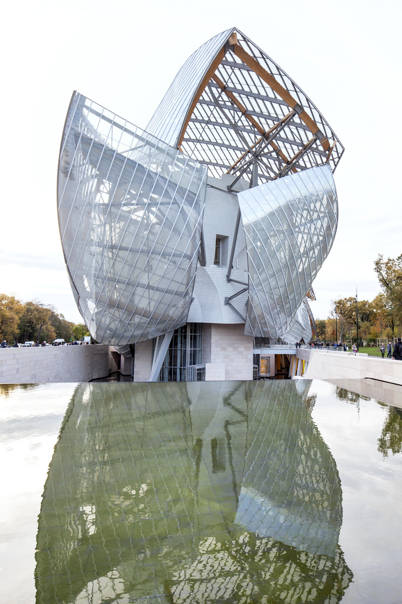 Frank gehry s fondation louis vuitton images by danica o kus archdaily - Frank gehry louis vuitton ...