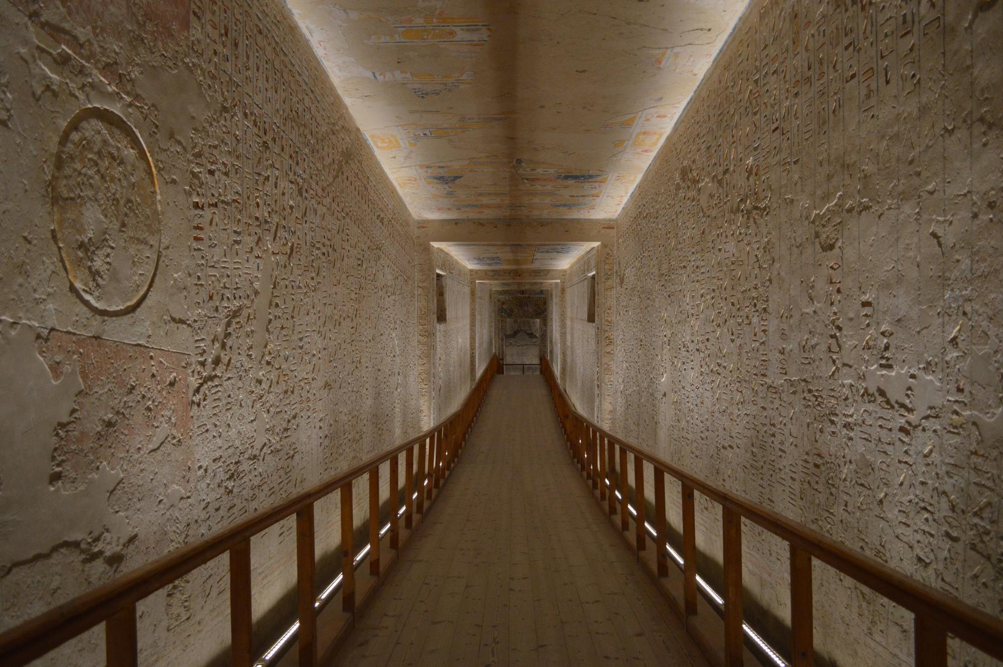 Parte 1: Iluminação monumental e artística de templos e tumbas do Egito faraônico por ACXT/ IDOM, Cortesia de acxt