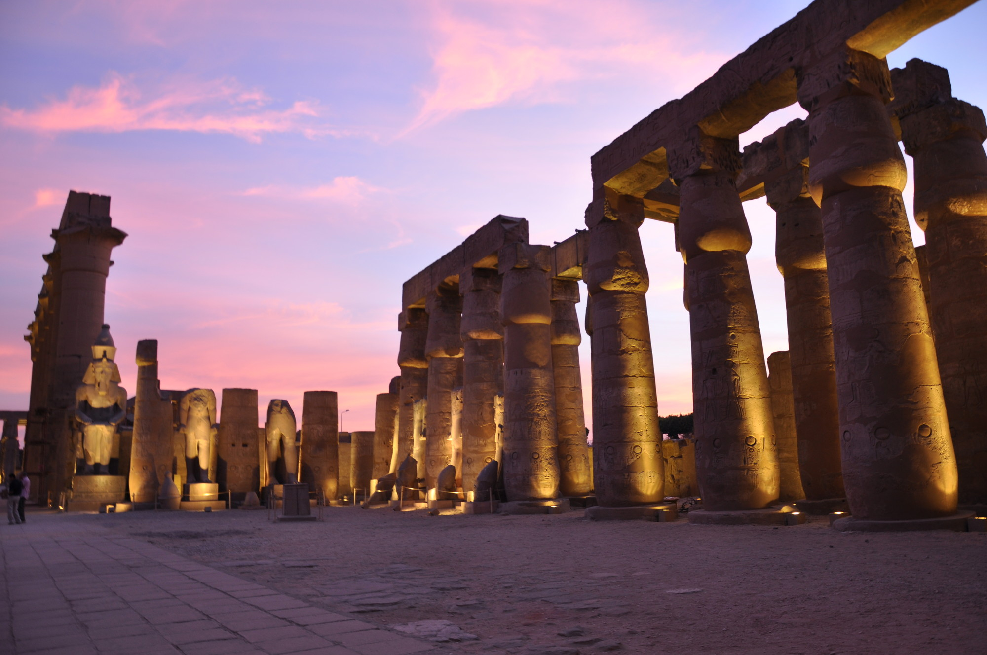 Parte 2 iluminaci n monumental y art stica de templos y for Arquitectura de egipto
