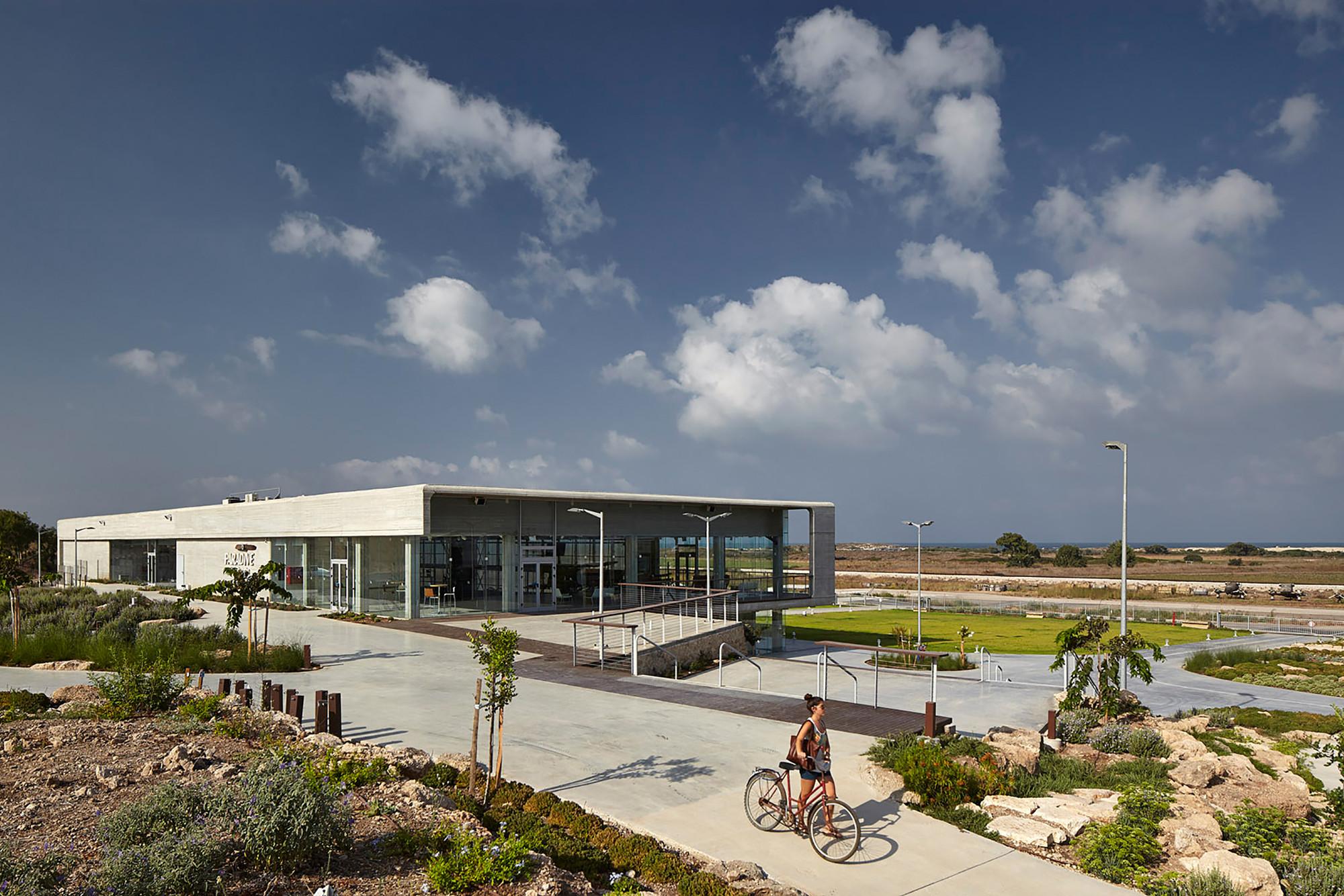 Paradive / Schwartz Besnosoff Architects, © Amit Geron