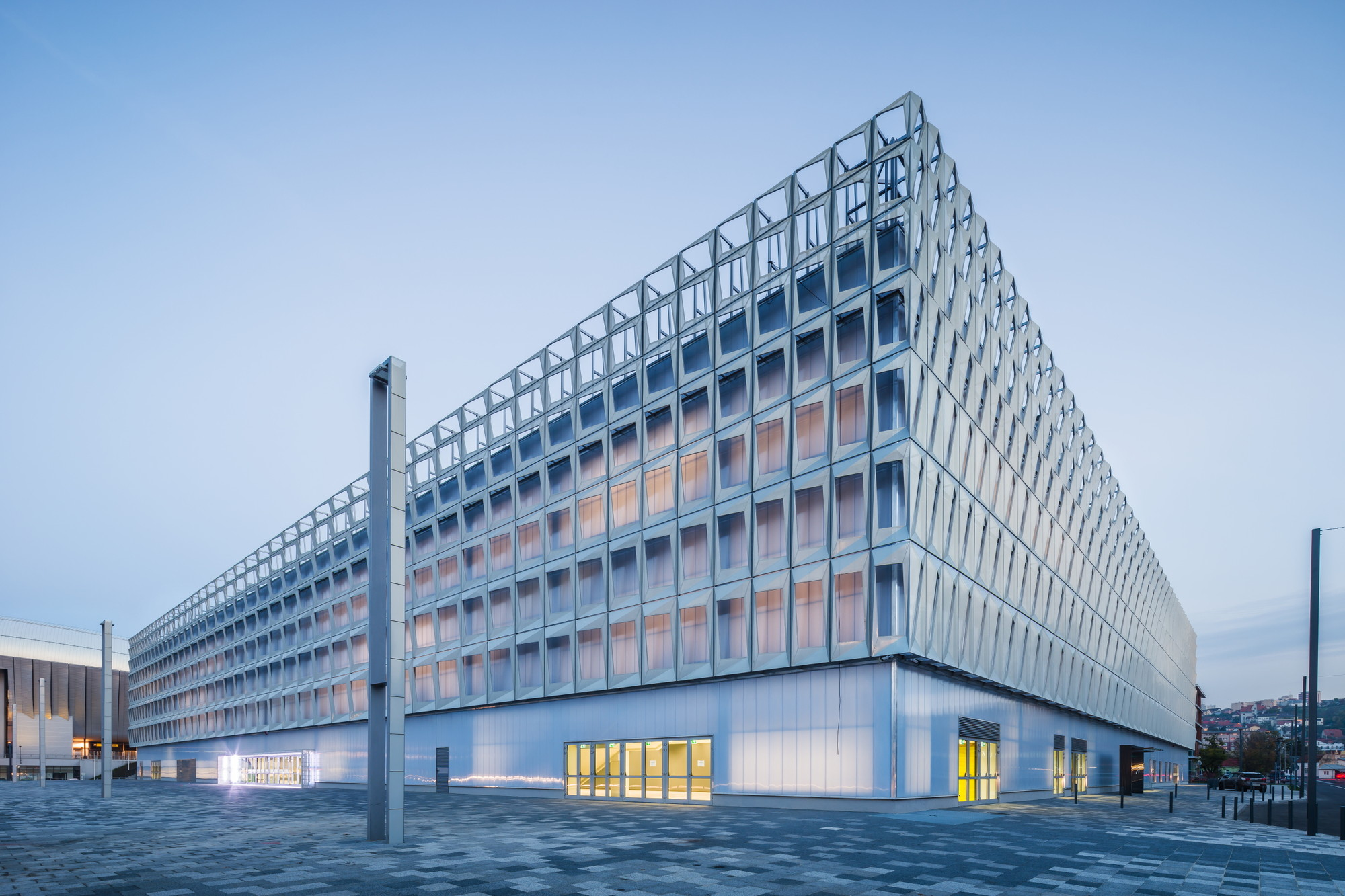 Multifunctional Sports Hall / DICO si TIGANAS, © Cosmin Dragomir