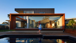 Casa XYZ  / Mark Aronson Architecture