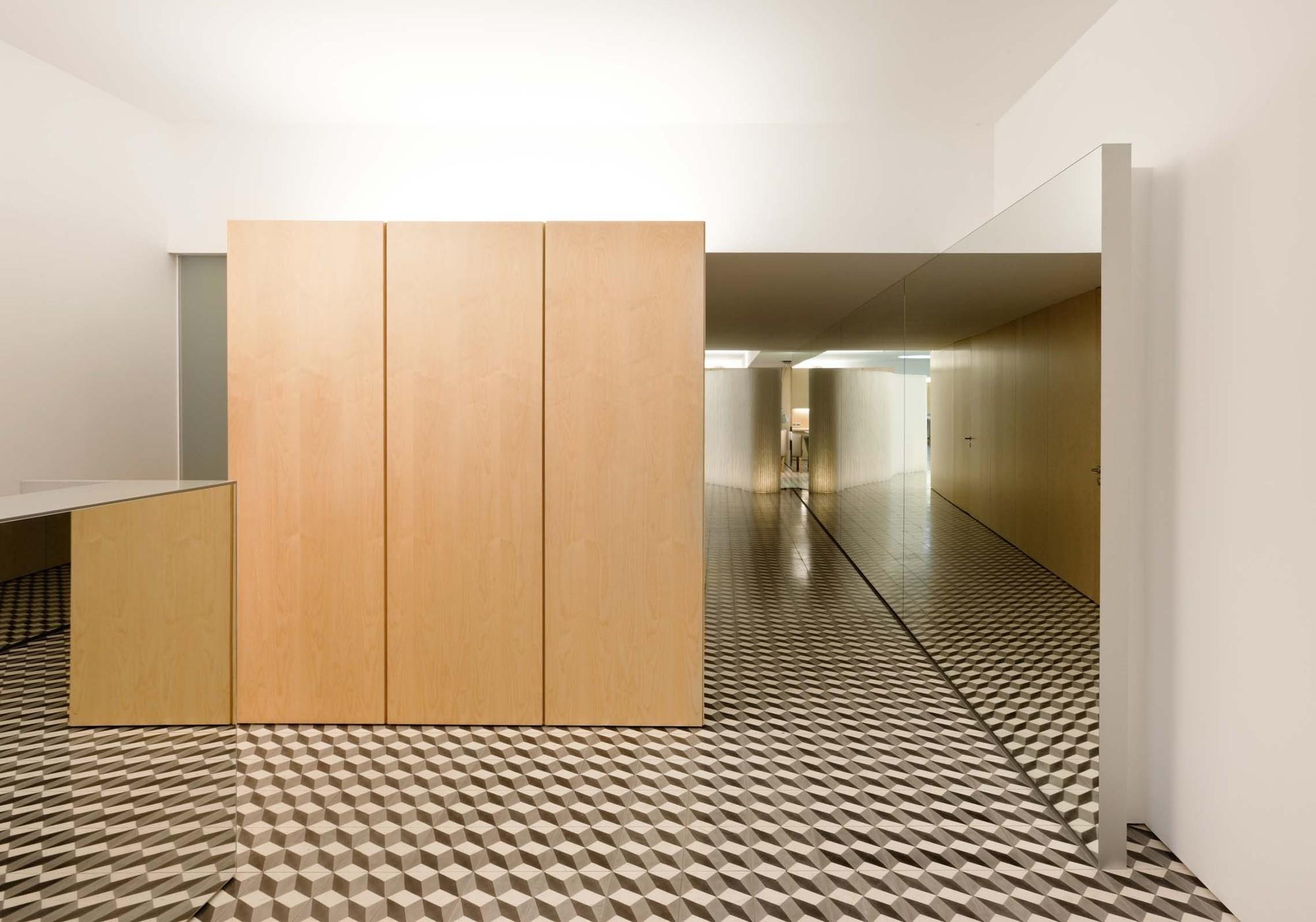 Peluquería  / CorreiaRagazzi arquitectos, © Luís Ferreira Alves