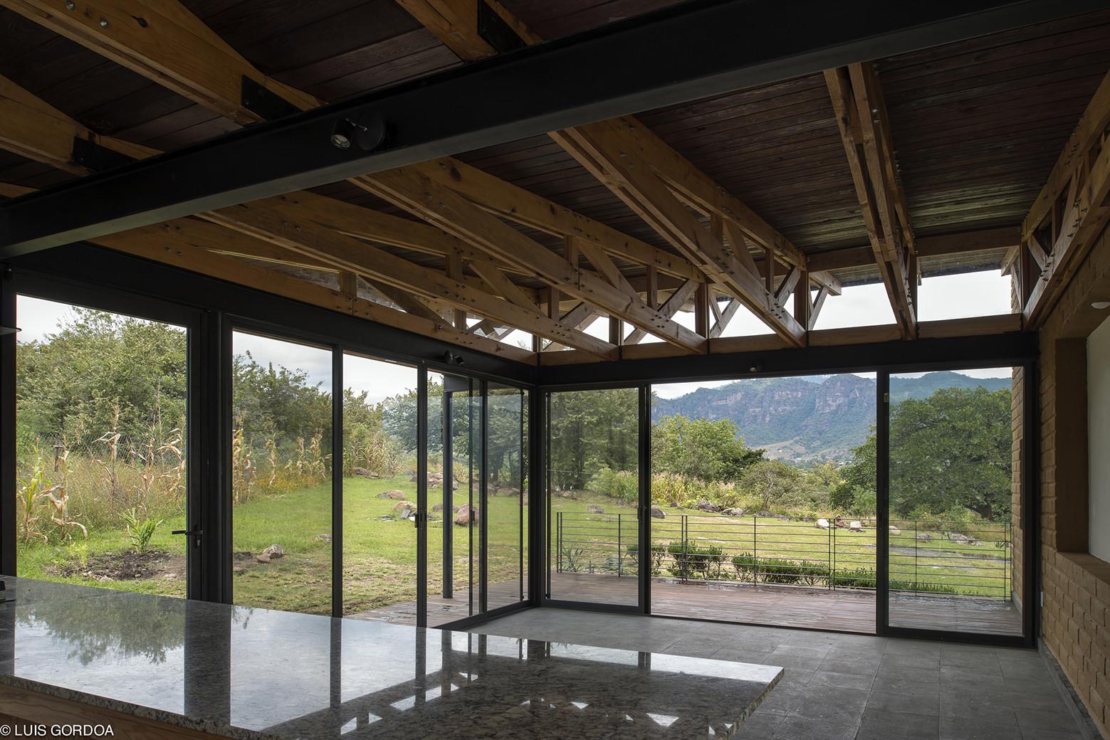 Malinalco House / Arquitectura Alternativa | ArchDaily