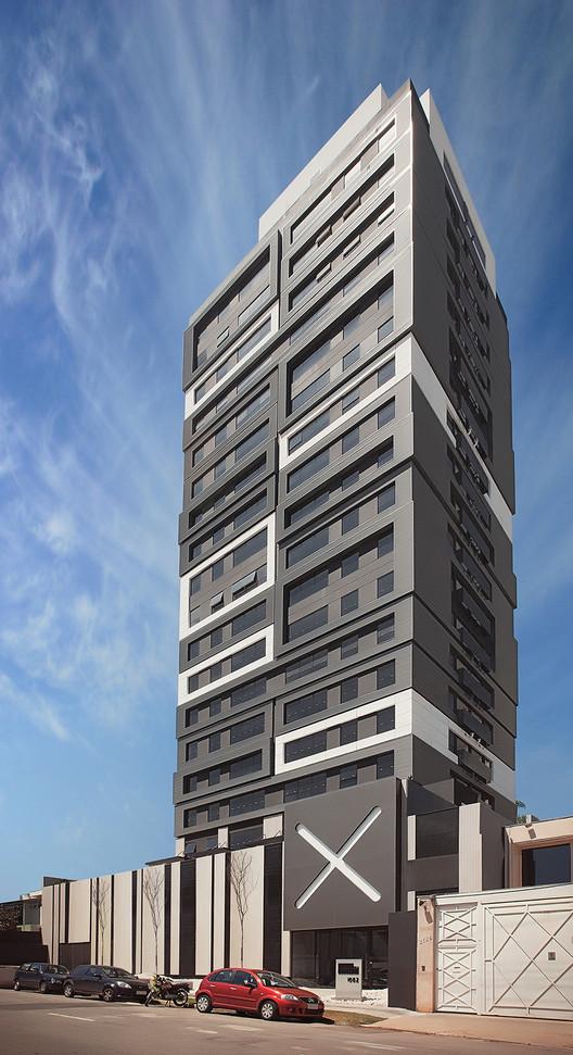 Campo Belo Building / RoccoVidal Perkins+Will, © Daniel Ducci