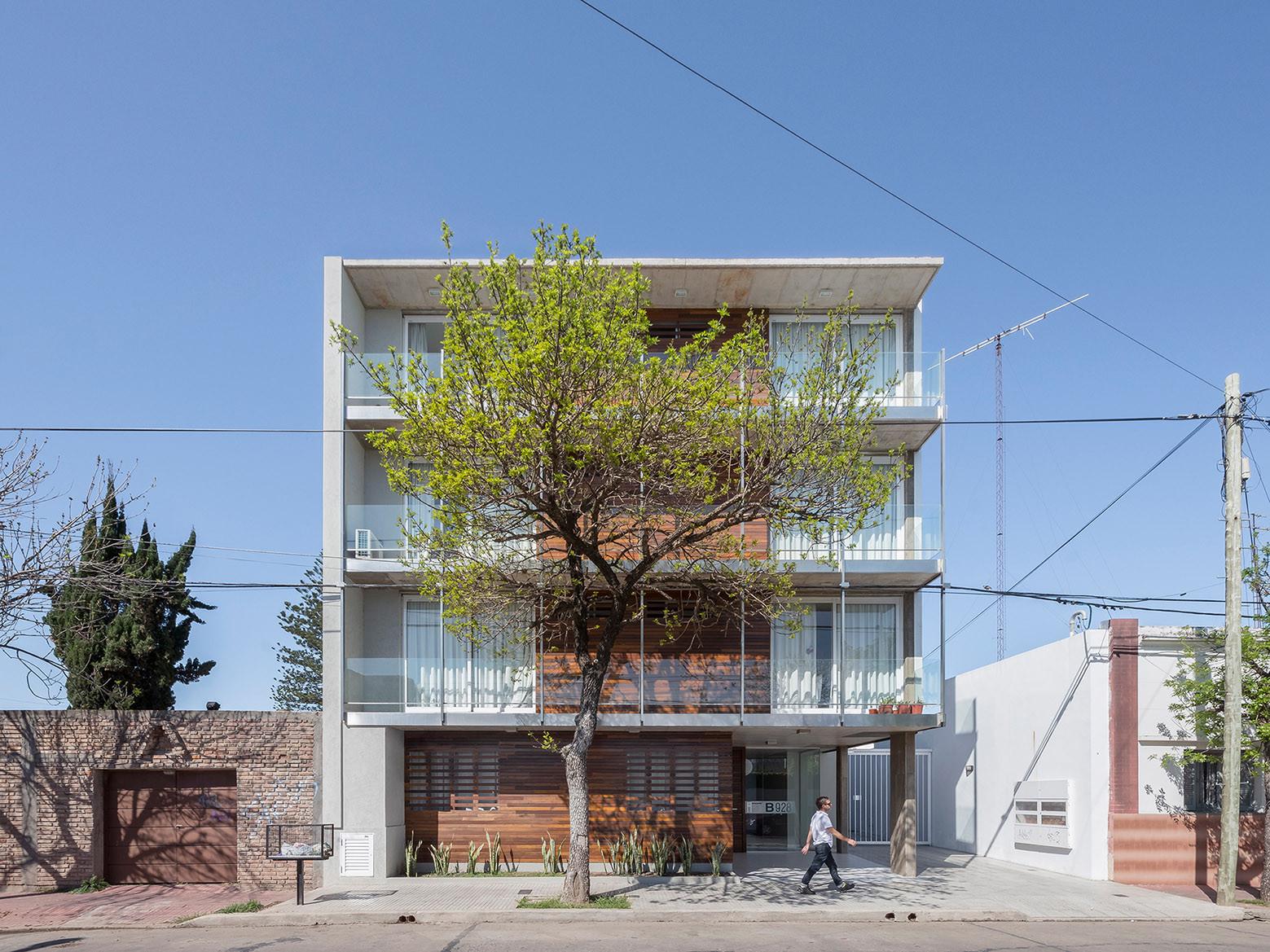 Edificio B928 / Claudio Walter Arquitectos Asociados, © Ramiro Sosa