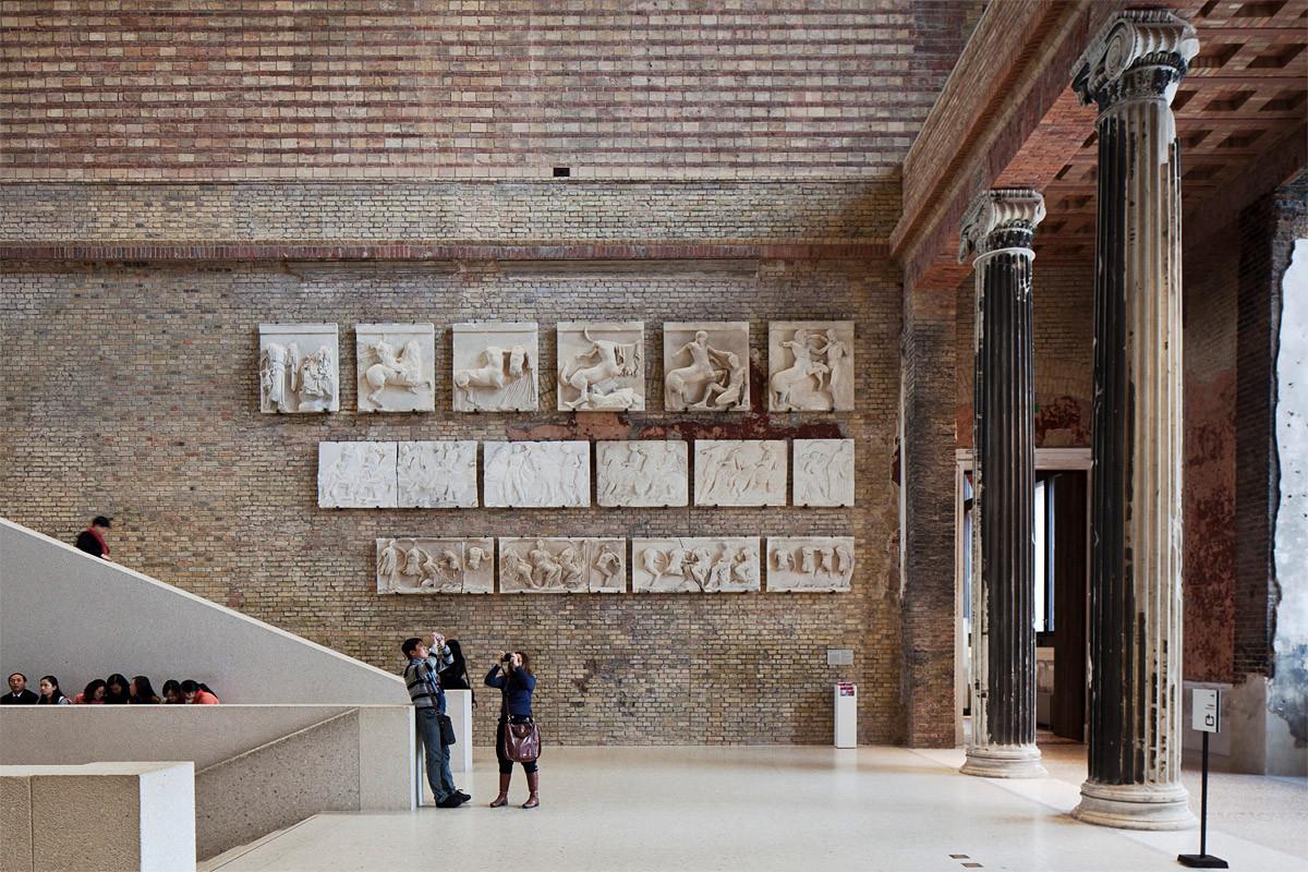 "Chipperfield On London's ""Success-Based Culture"", Neues Museum, Berlin (courtesy Staatliche Museen zu Berlin). Image © Achim Kleuker"