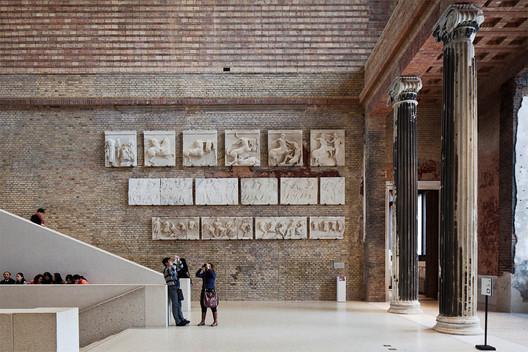 Neues Museum, Berlin (courtesy Staatliche Museen zu Berlin). Image © Achim Kleuker