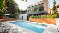 Casa Prince Philip / Thellend Fortin Architectes