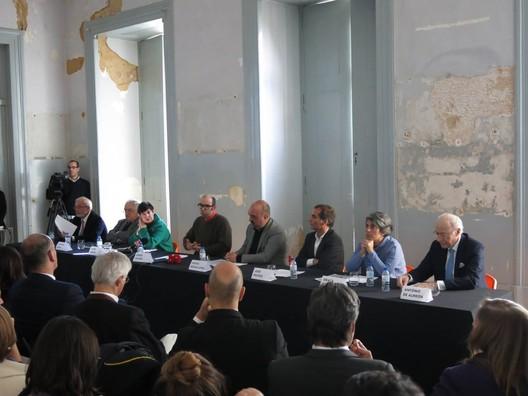 Evento de divulgação do tema da Trienal de Arquitetura de Lisboa. Palácio Sinel de Cordes. Image Cortesia de Trienal de Arquitetura de Lisboa