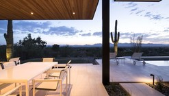 Rammed Earth Modern / Kendle Design