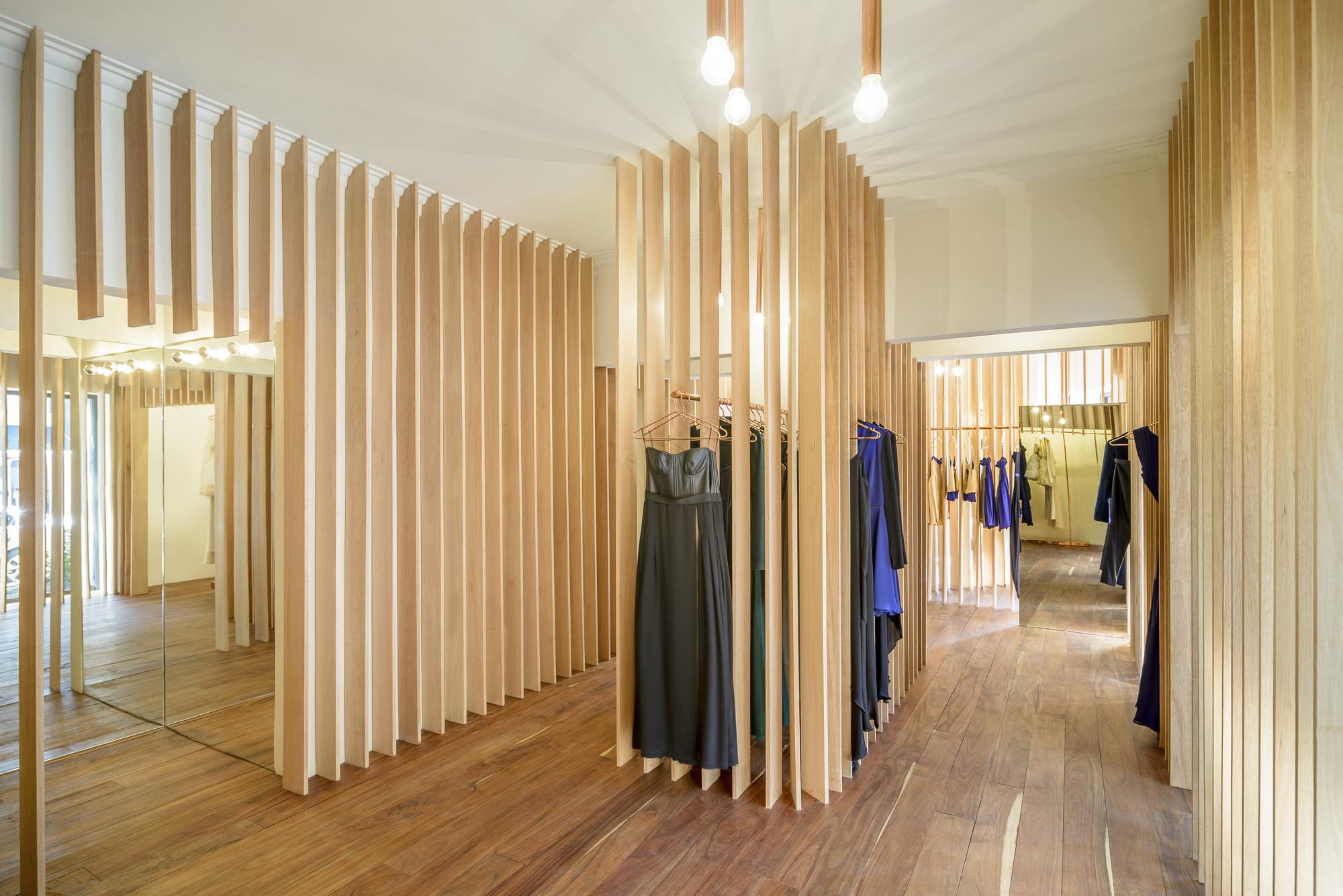 Galer 237 A De Boutique Sandra Weil Zeller Amp Moye 7