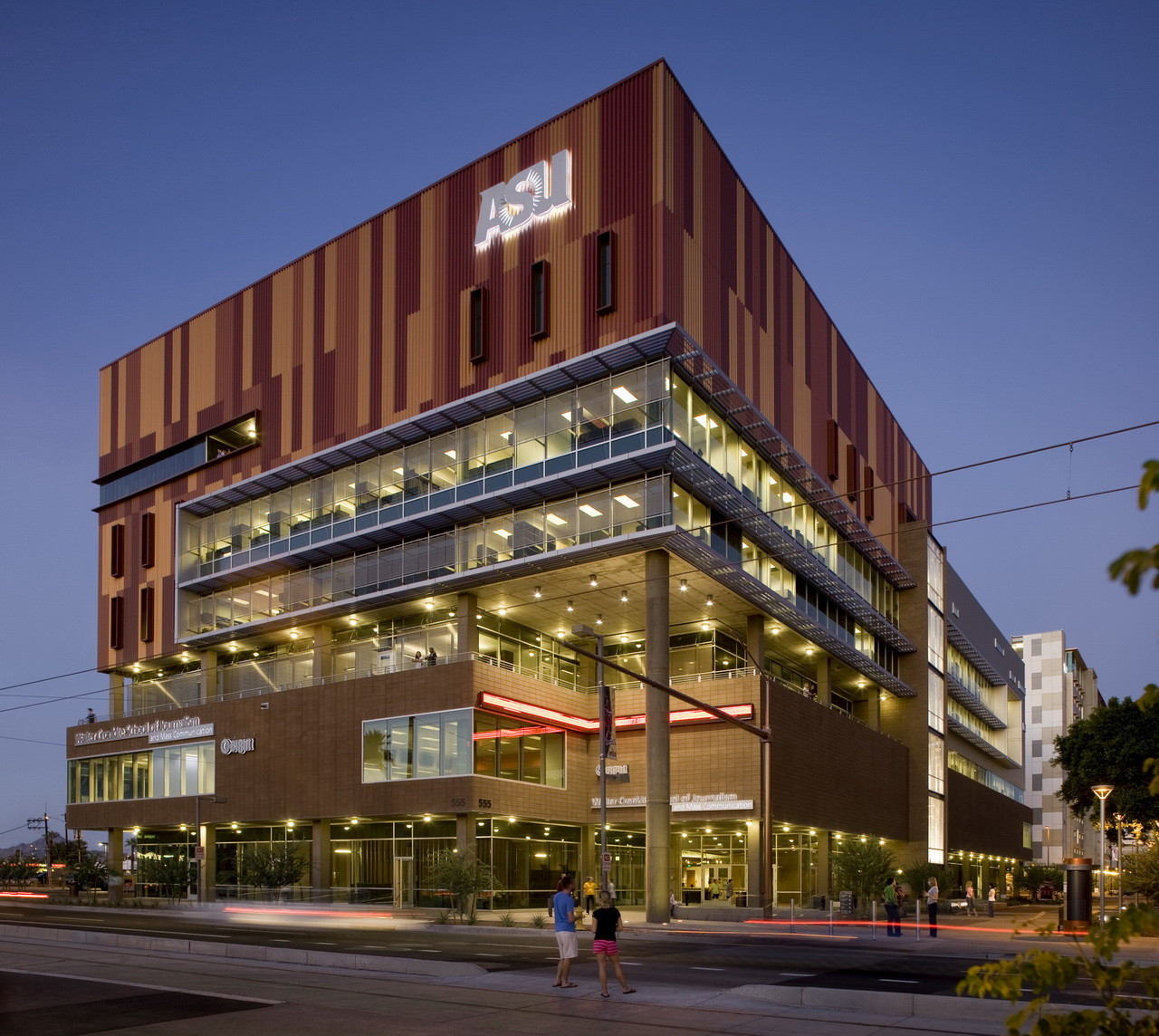 Ehrlich Architects Win 2015 AIA Architecture Firm Award, Arizona State University Walter Cronkite School of Journalism & Mass Communication / Ehrlich Architects © Bill Timmerman