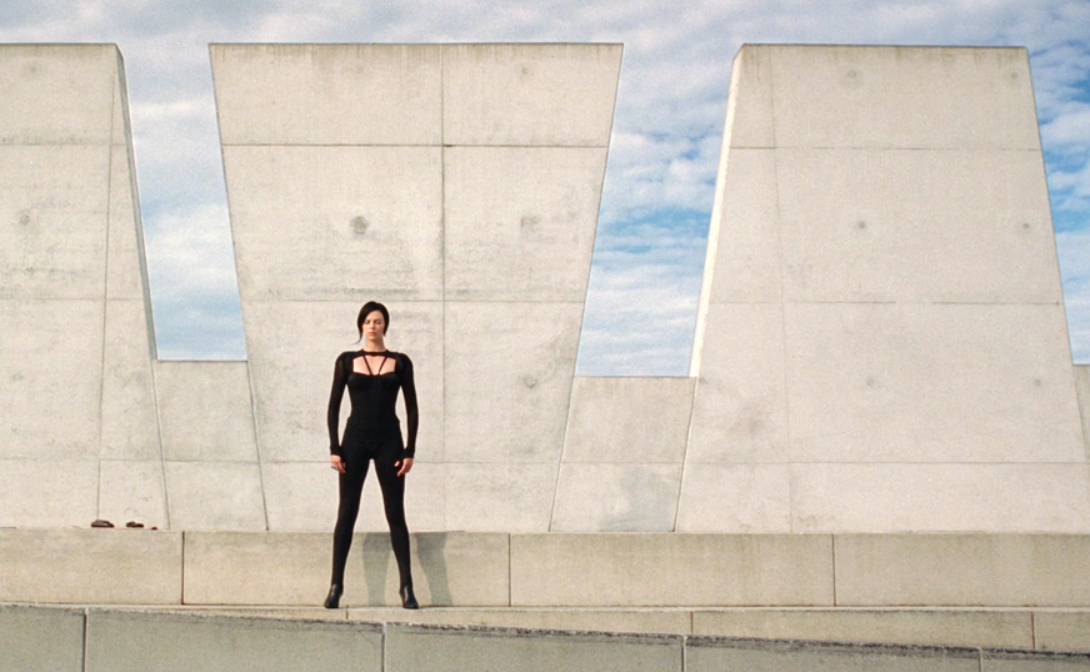 "Cinema e Arquitetura: ""Æon Flux"""