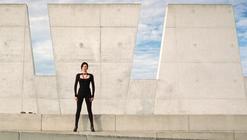 "Cine y Arquitectura: ""Æon Flux"""