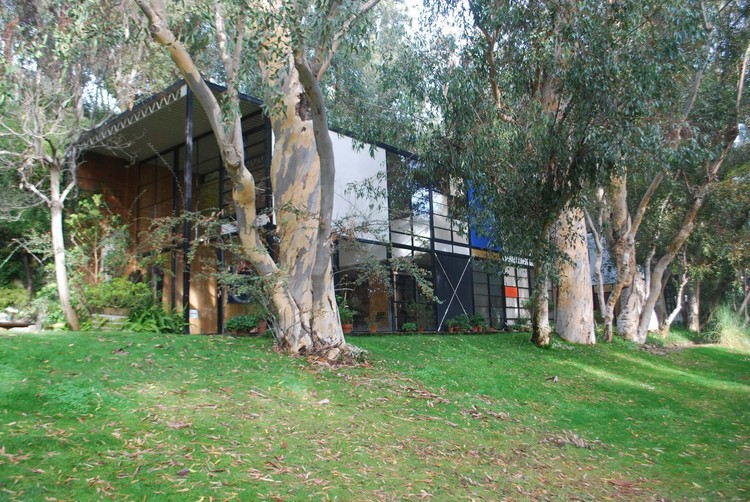 Spotlight: Ray Eames , The Eames House. Image © J. Paul Getty Trust