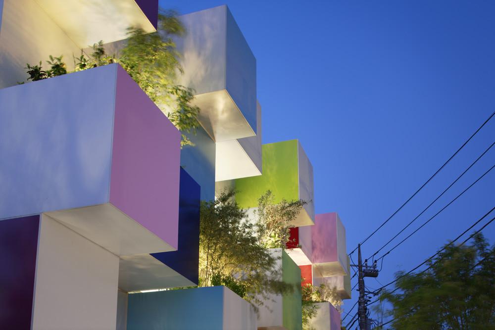 Sugamo Shinkin Bank   Nakaaoki Branch / Emmanuelle Moureaux Architecture +  Design