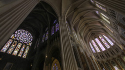 """The Restoration of Chartres Cathedral is a """"Scandalous Desecration"""""""