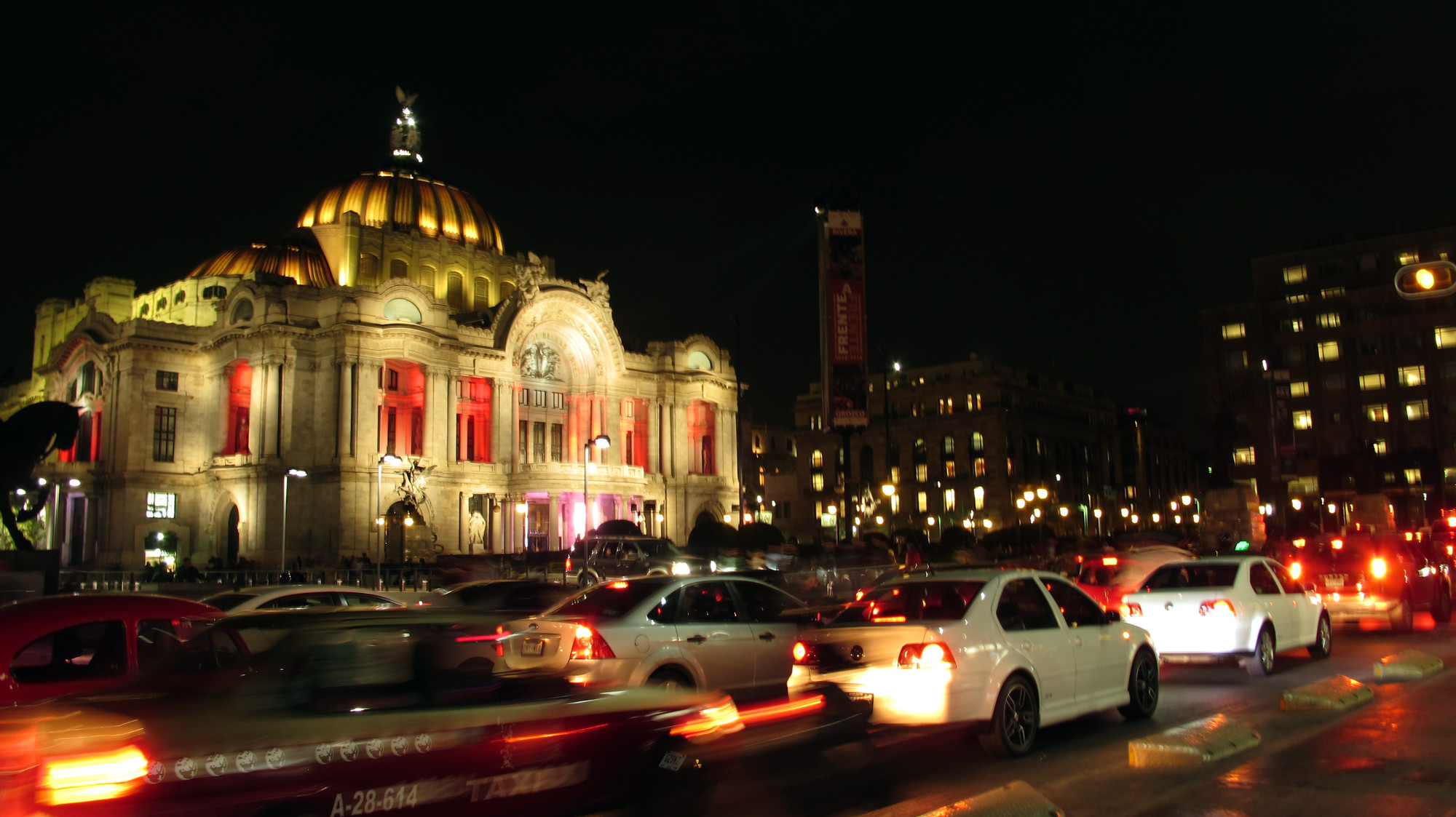 El Centro Histórico del D.F.: de lámparas de gas a luminarias LED, Cortesia de Daniela Arceo