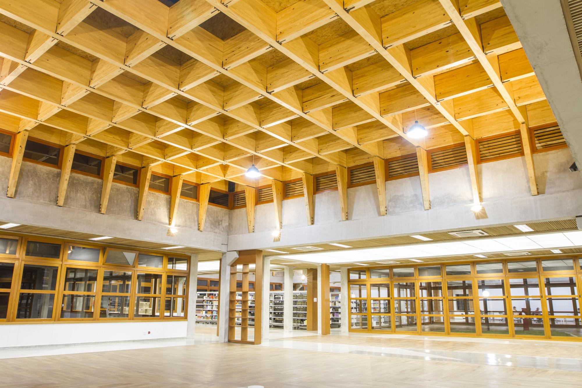 Biblioteca Paulo Freire / 3C Arquitectura e Urbanismo, © Saga Fotografia